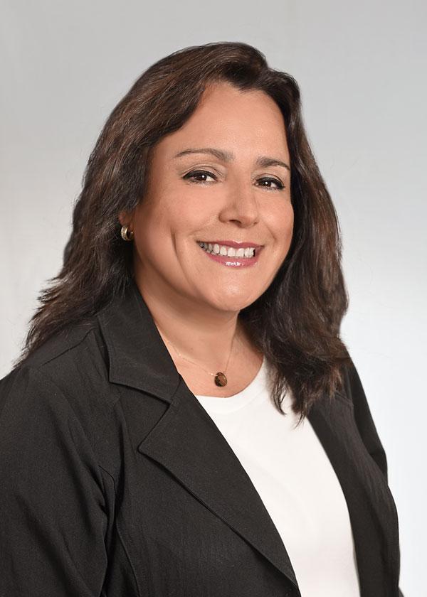 Laura Kucine